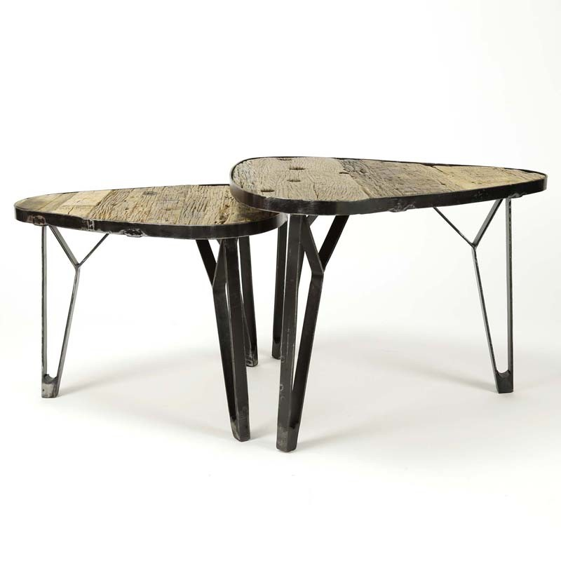 Tables gigognes triangles en bois