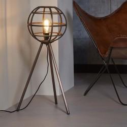 Lampadaire d'intérieur un abat-jour rond en barres de métal monté sur un trépied de style industriel et rétro