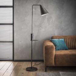 Lampadaire d'intérieur un abat-jour trapèze en métal monté sur une barre recourbée de style industriel et rétro