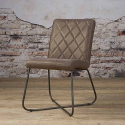 Lot 2 chaises design Rodas