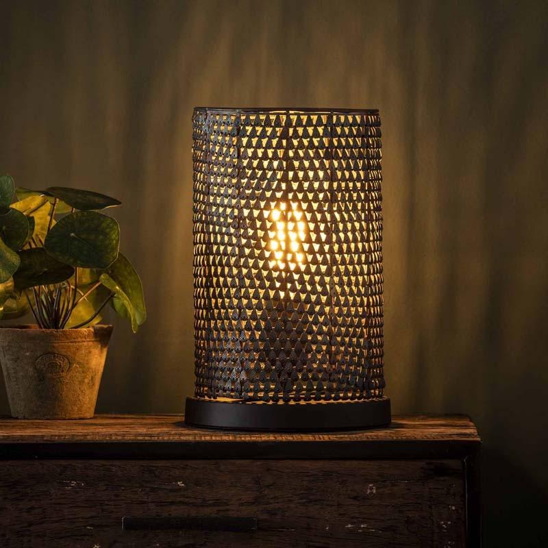 Lampe de table un abat-jour perforé fait main style industriel rétro