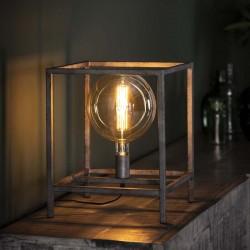 Lampe de table une ampoule dans structure cubique en métal style industriel