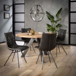 Lot 2 chaises design à vendre avec couture motif diamant